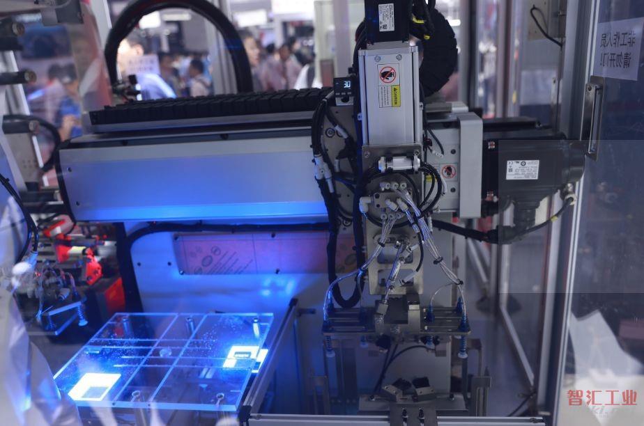 【2018工博会】i-Automation行业解决方案亮相,您身边的行业专家