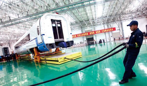 轨道交通行业智能工厂系列(一):中国中车智能制造 三步推进高铁智能化