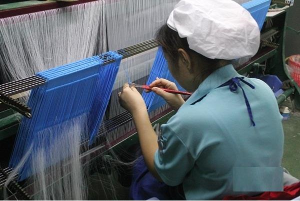 """纺织行业智能工厂系列(三):晋江龙峰纺织 --""""机器换工""""引领纺织智能化革命"""