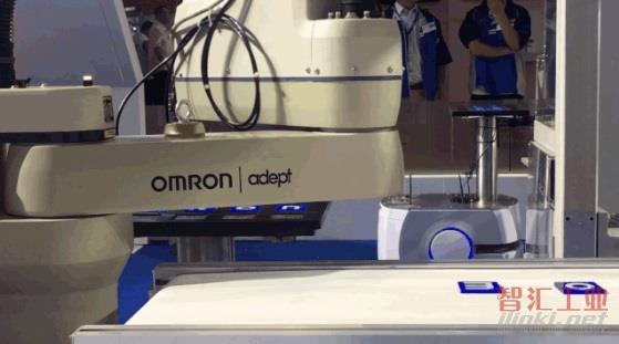 欧姆龙×进博会  史上最有科技感的CP