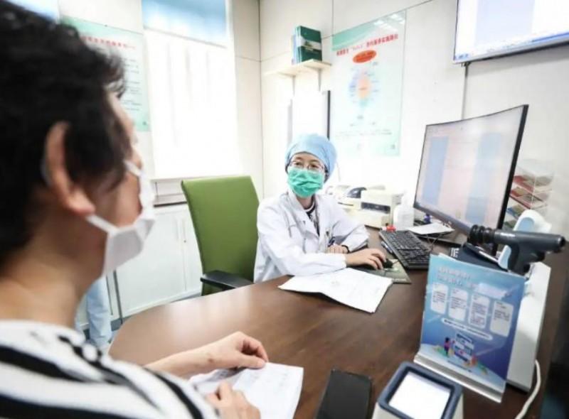"""不出家门就把病看了!智慧医疗""""一张网""""打通健康堵点"""