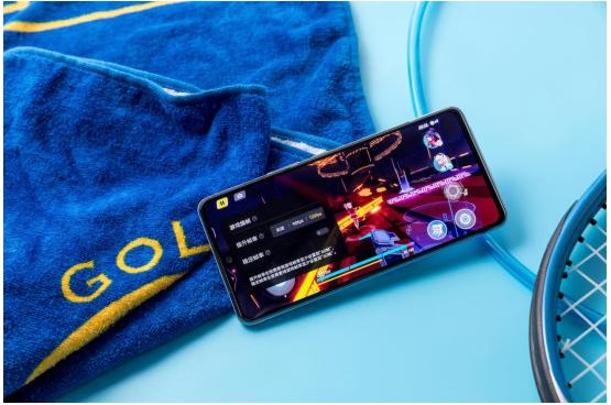 独立显示芯片带来给力游戏体验!用iQOONeo5享受超绝画面